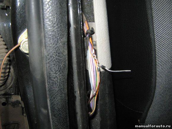 Задняя правая дверь Peugeot 206